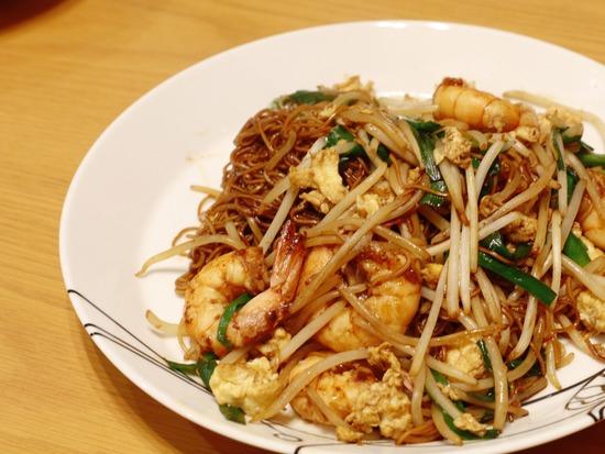 【妹がやってきた】今度は、卵麺で香港焼きそば