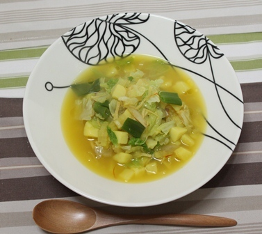■白菜とじゃがいもとホタテのスープ サフラン風味