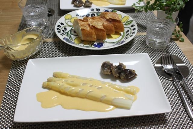 ■ホワイトアスパラとオランデーズソース