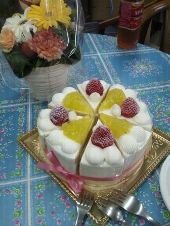 ■プチ送別会のケーキ