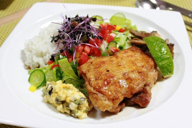 チキン南蛮丼 たかシェフ風 ~GABANスパイスドレッシング黒胡椒シーザードレッシングを使って~