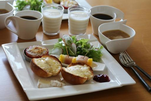 【料理】ひとっぱしりしてきた後の朝ごはん。