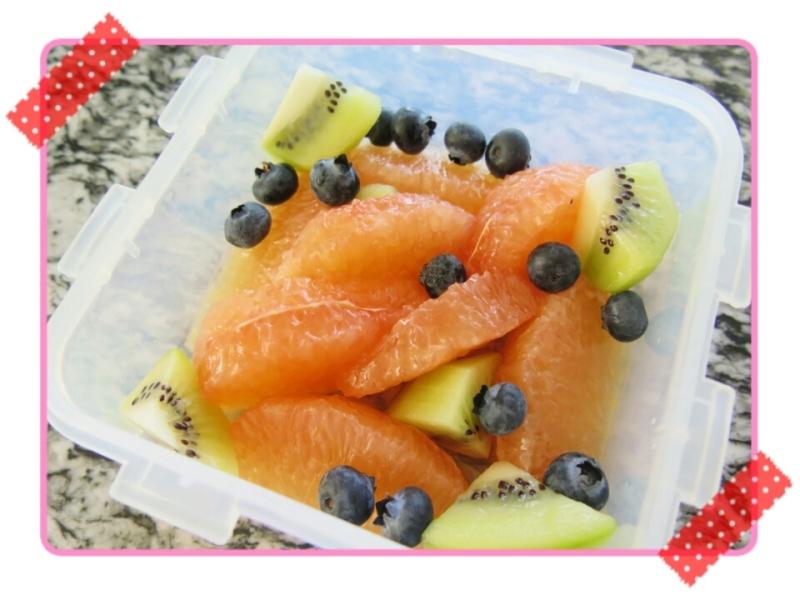 お弁当のフルーツ