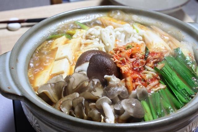 ■豚ばら肉と豆腐のチゲ