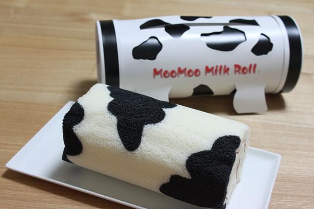 ■モーモーミルクロールケーキ   くりっち柄のロールケーキ?
