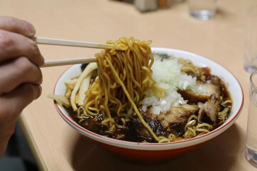 【食べ歩き】竹岡式ラーメン ~梅の家~