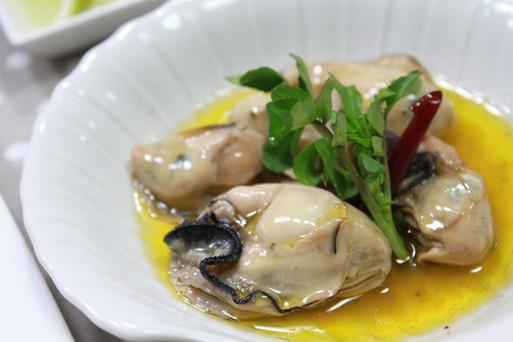 牡蠣のオイル煮