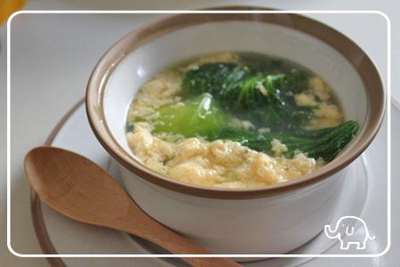 ■レタスとふわふわ卵のスープ