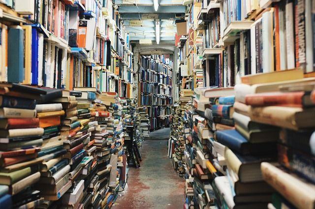 Books 768426 640