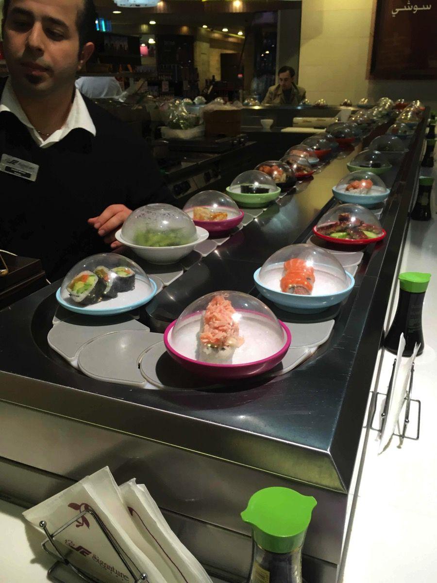 スーパーにある回転寿司
