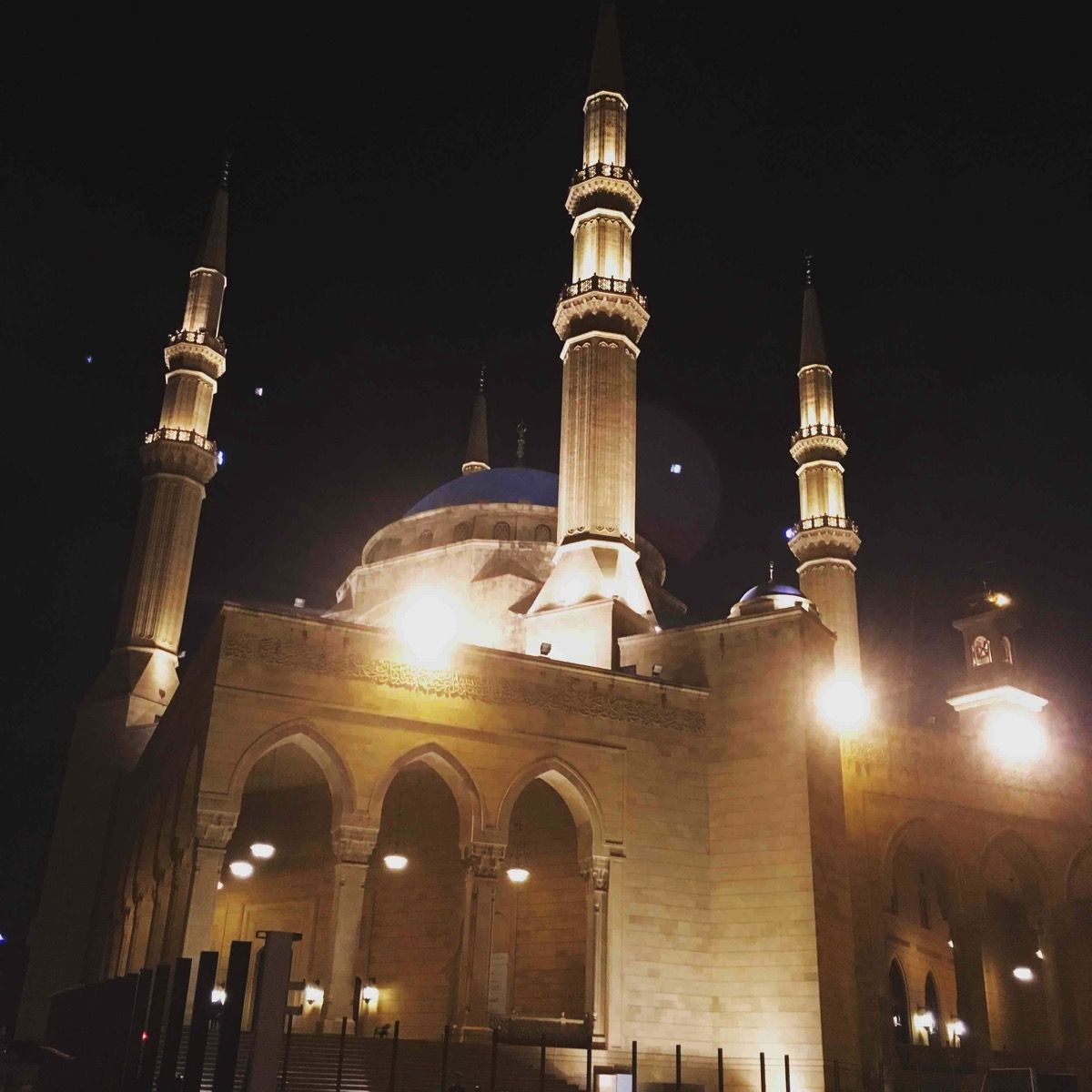 ラフィックハリリが建てたモスク