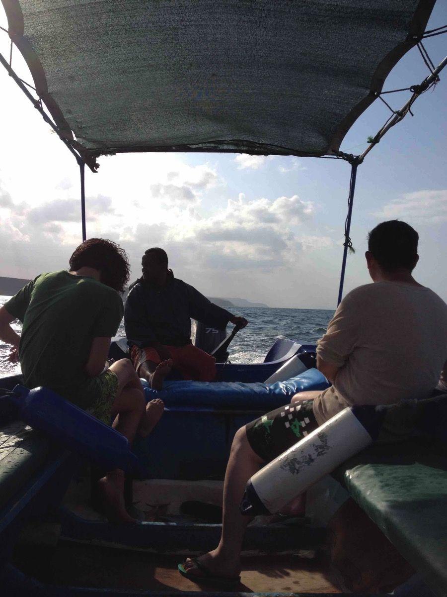男三人で釣りをしながら帰る