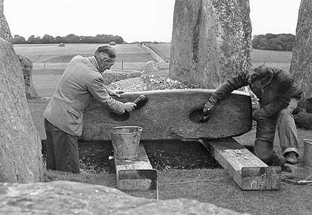 stonehenge_50