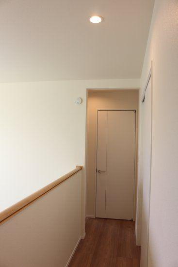 2階廊下_照明