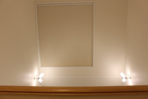 2階廊下_吹抜け窓