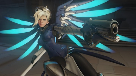 Overwatch-Blue-Mercy