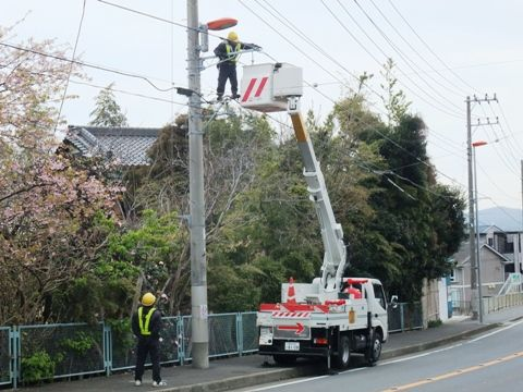 街灯の節電工事