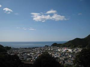 三重県熊野市の海1