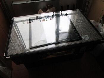 テーブル筐体2
