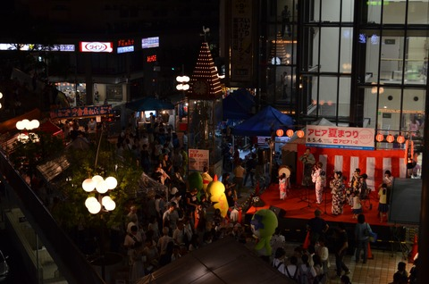 アピア祭り1
