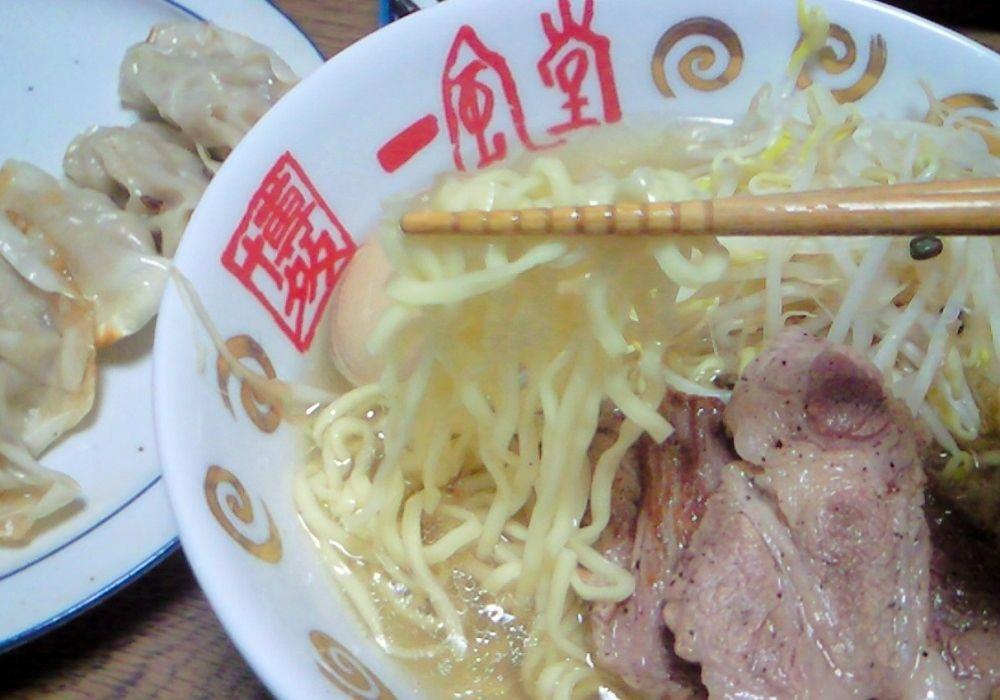 12798 飛騨高山ラーメン   当ブログ常連 色眼鏡さんから!!!麺の差し入れ