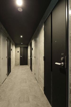 08_3階 エレベーターホール・廊下