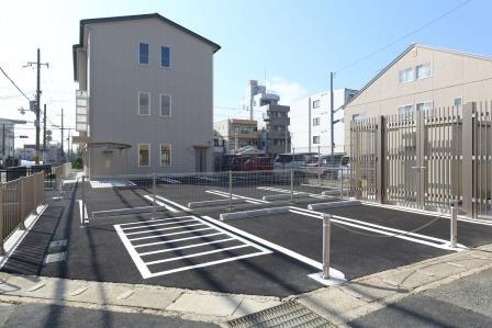 04_駐車場