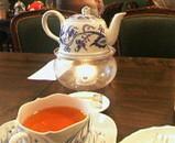 紅茶ポットに注目