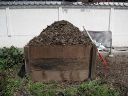 堆肥の切り返し