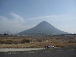 春の飯野山