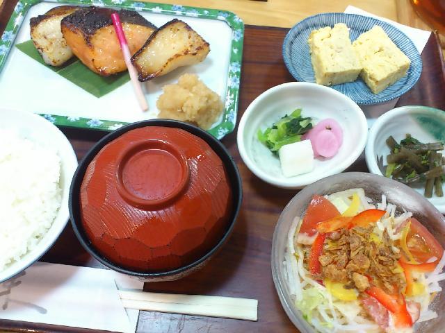 あじみせ あじみせ、魚たべたい!(日本料理 魚久 イートイン あじみせ 銀座三丁目店 (うおきゅ
