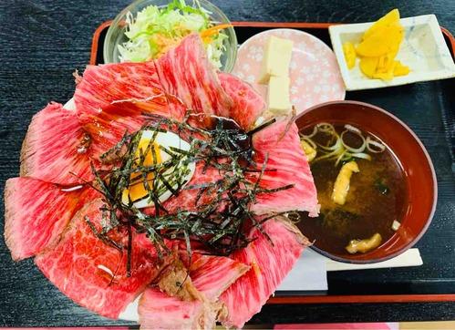 飛騨牛ローストビーフ丼_まんぷく亭