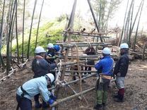 竹ジャングルジム組み 4