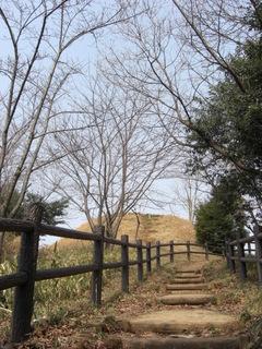 080312山田富士と登山道