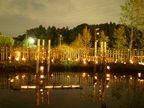 090923棚田上の池の竹灯籠