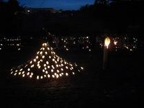 080525厳島 富士山型の竹灯篭