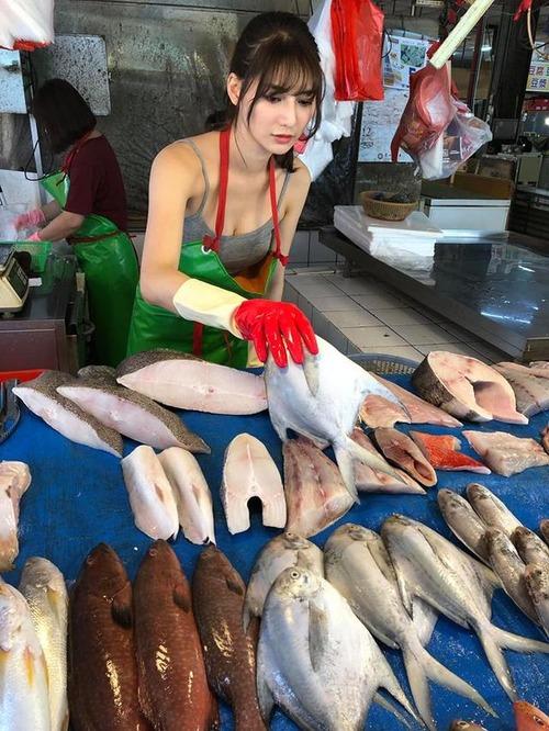 台湾の「鮮魚売り場」にいくとこういうシーンが見放題www(※画像あり)