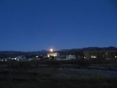 満月20200209 17時46分m-IMG_1501