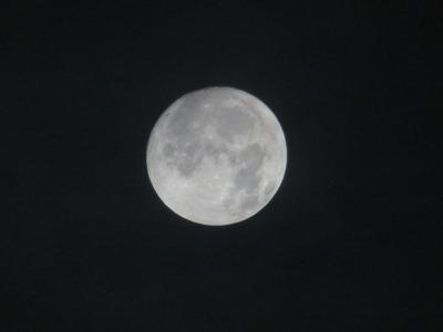 満月は・・1710050時38分IMG_9437