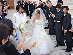 スタッフの結婚式に出席しました。