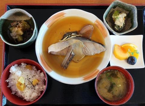 和定食(煮魚)(ガーデンテラス)1480
