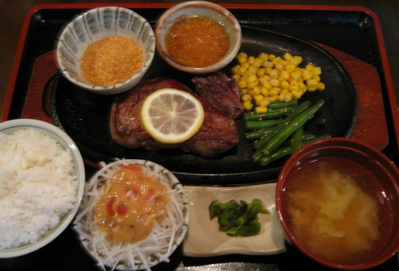 御飯&味噌汁is御代りFREE