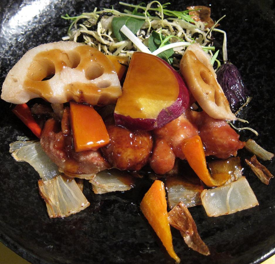 国産若鶏唐揚と安心野菜の黒酢あんかけ