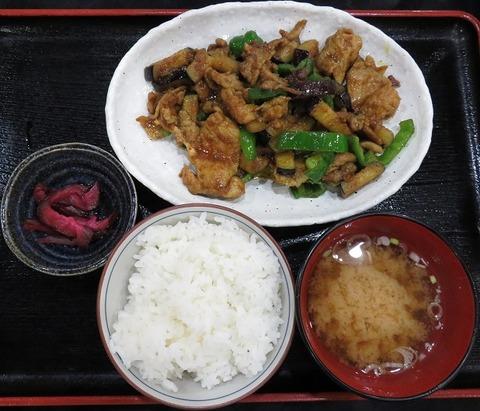 肉なすピーマン炒め定食(カレー味)(とよま)800