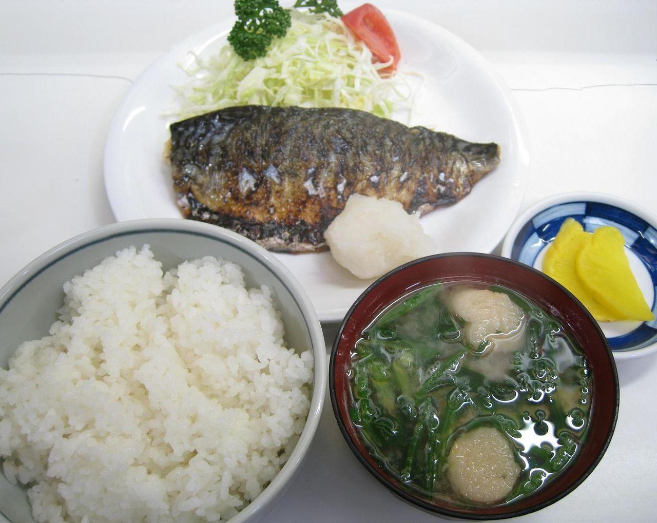 焼魚(サバ)定食