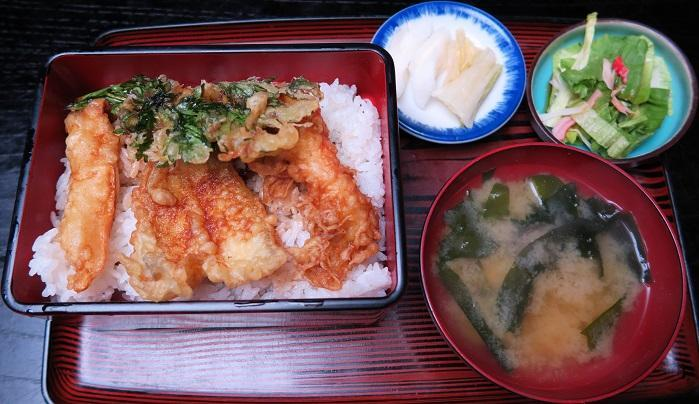 天丼1,030円
