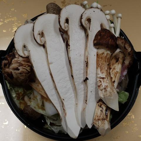 信州福味鶏と松茸の鋤焼(上松屋)