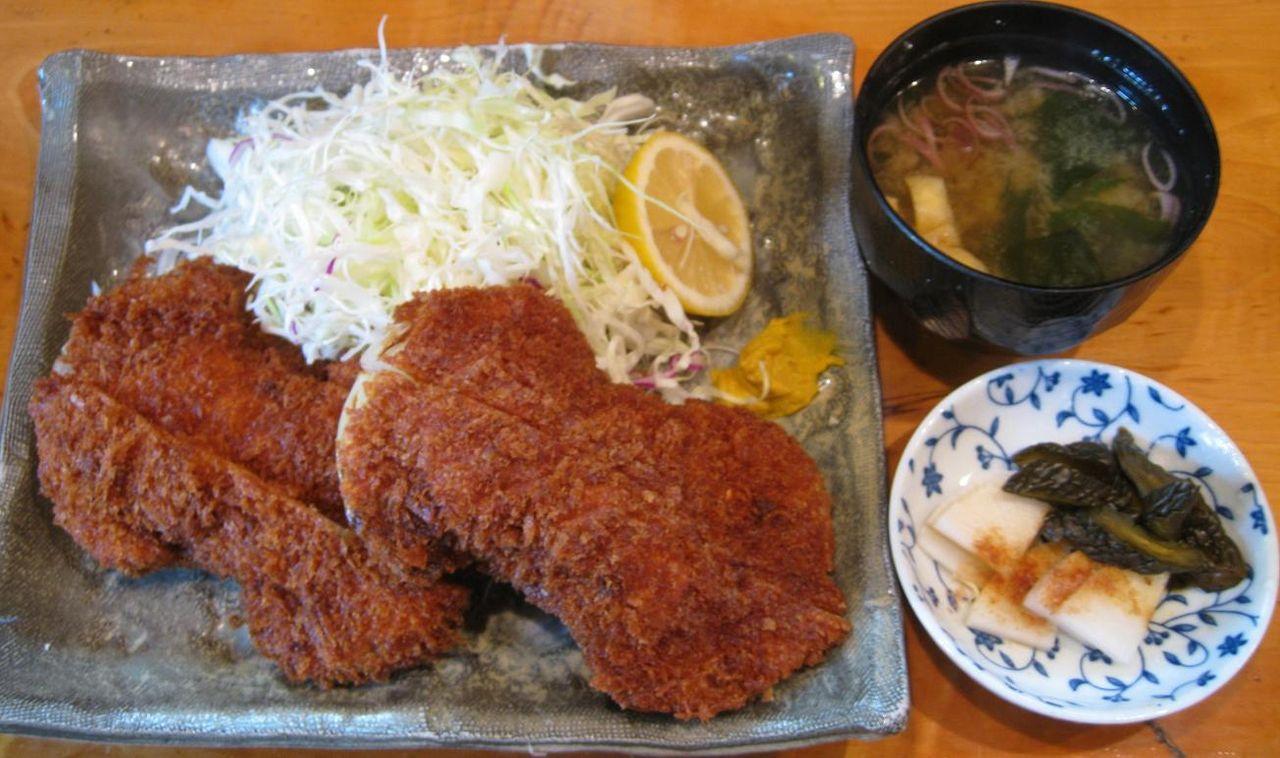 ヒレ串かつ定食