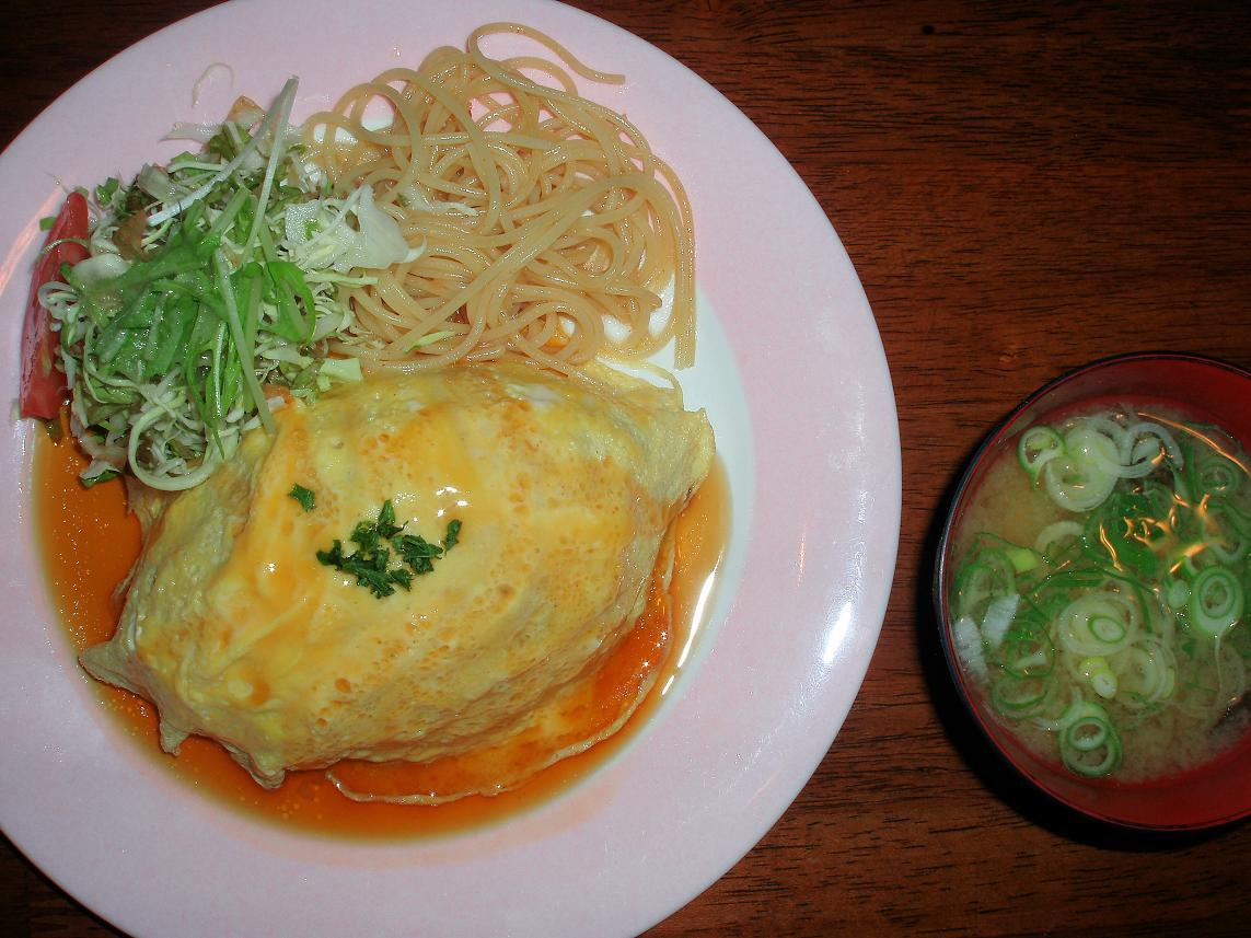オムライス(醤油ソース)