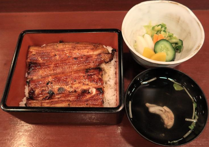 肝吸・新香・玉子豆腐付